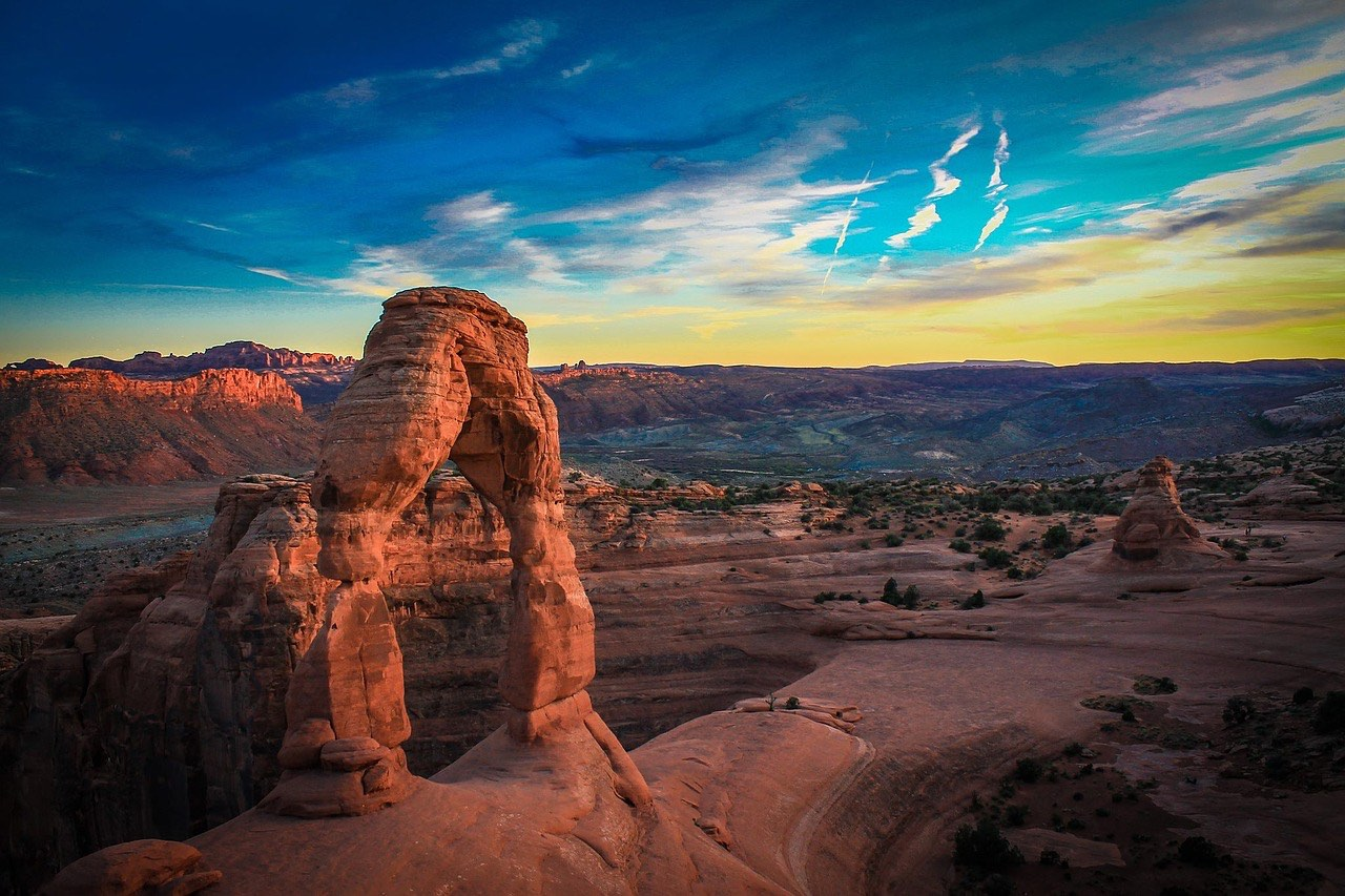 Stone Arch in Arches National Park Utah_PD