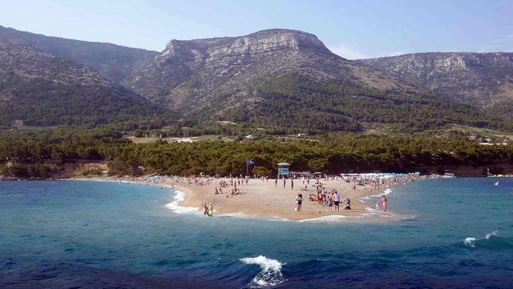 croatia-brac-bol-summer-sun-beach_PD