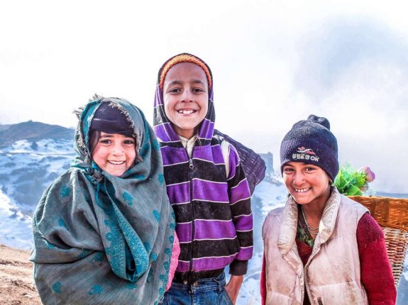 india-kids-hills-happy-child-snow_PD