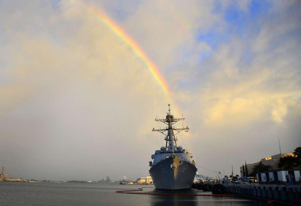 pearl-harbor-hawaii-battleship-navy_PD