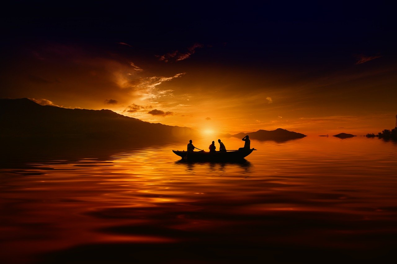 Sunset_river_boat_PD