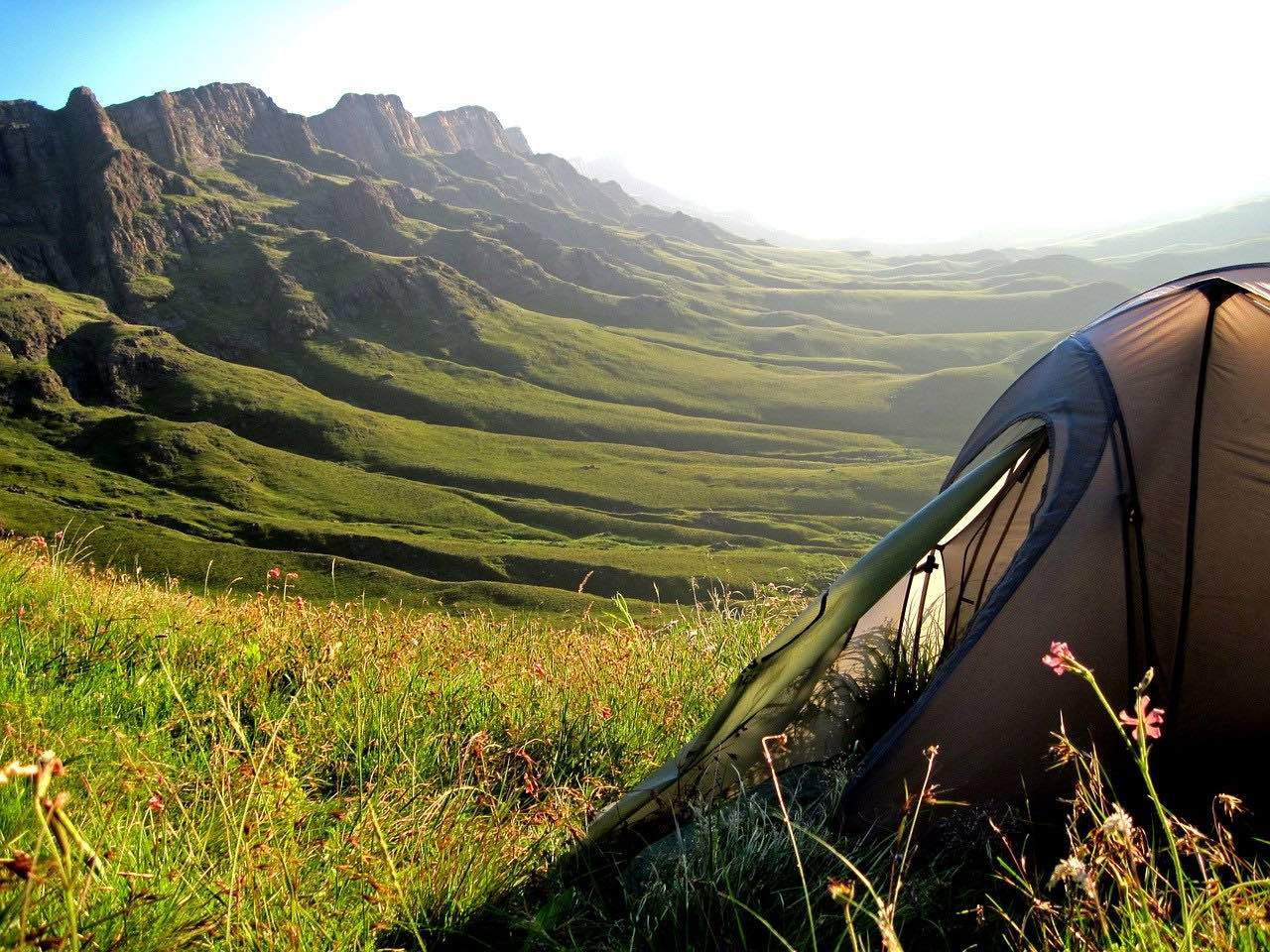Mountain Hiking in Lesotho_Sani Pass_Africa_PD