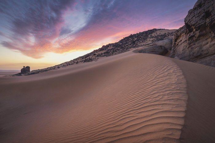 Sahara desert_sand dunes_Algeria_Africa_PD