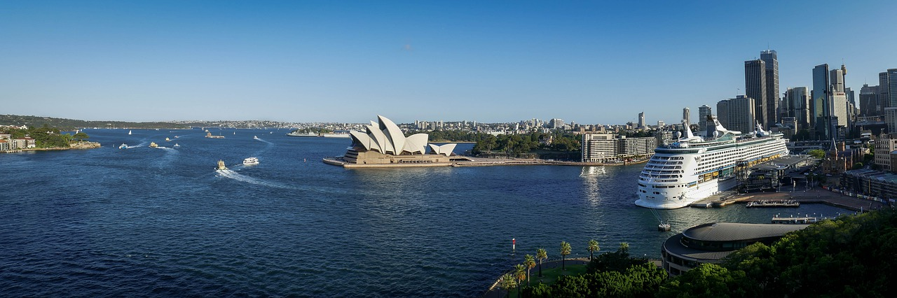 Cruise travel in Sydney Australia_PD