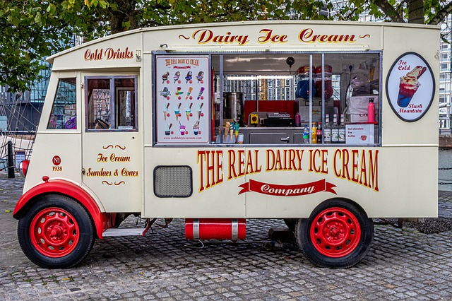 Liverpool city center ice cream truck_PD
