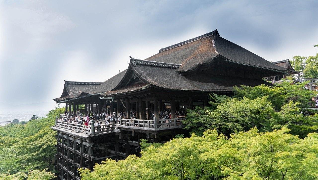 Kiyomizu Dera temple in Kyoto Japan_PD