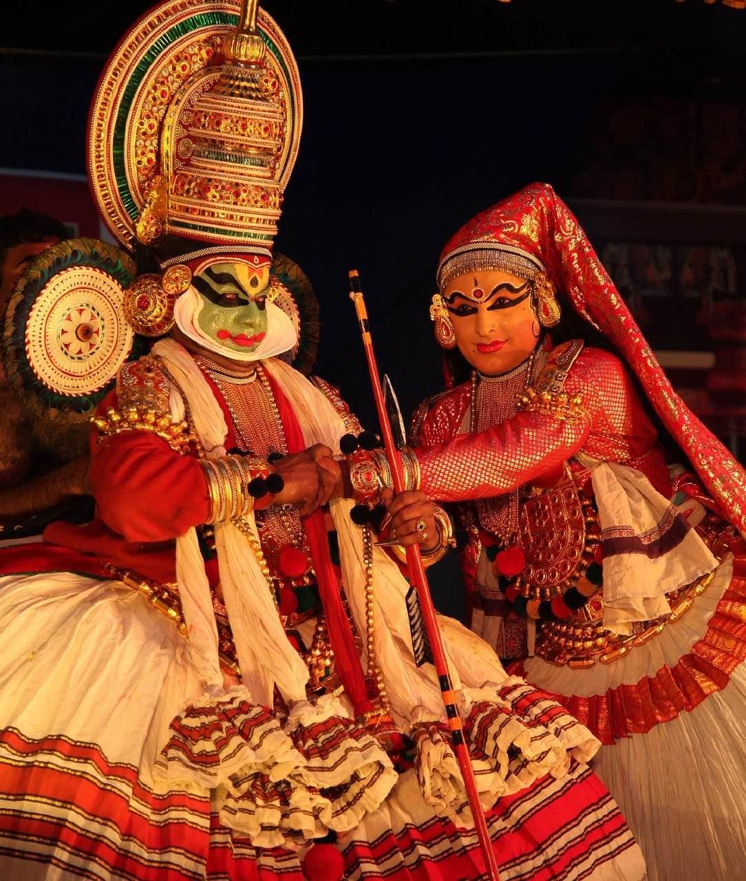 Kutiyattam_Sanskrit theatre_Kerala_India_PD