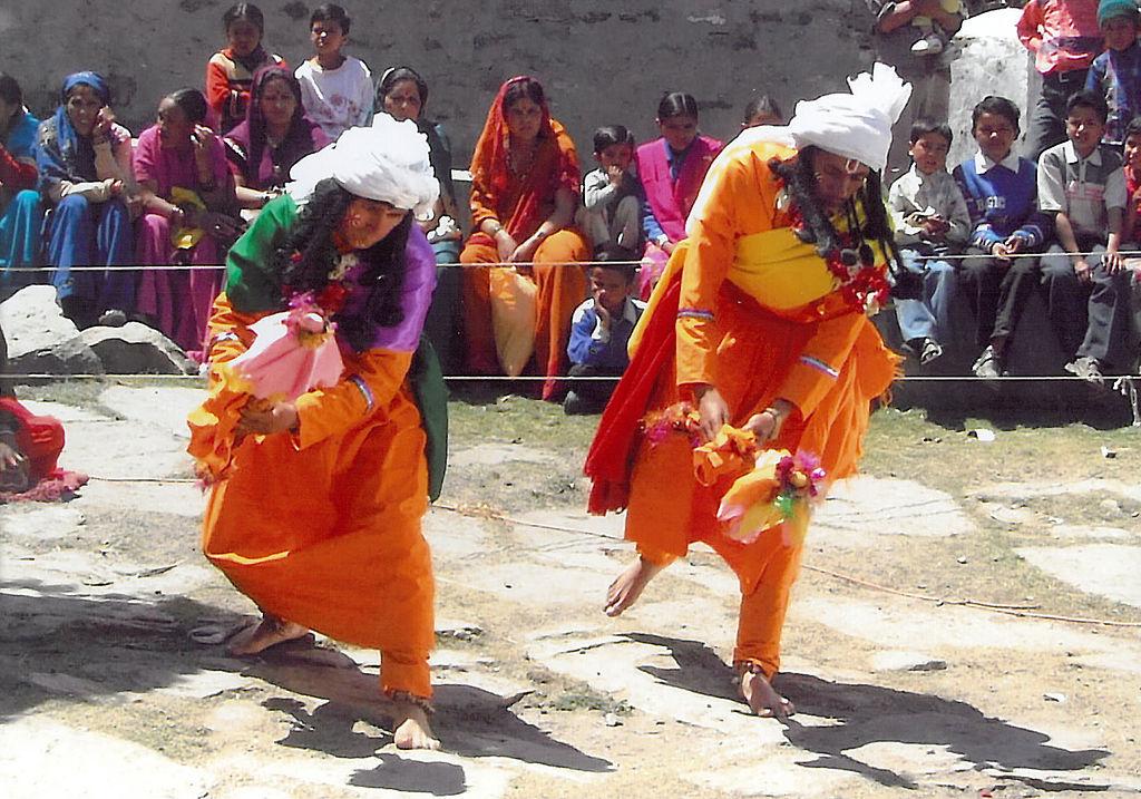 Ramman_festival_ritual_Garhwal_India_CCBYSA3.0_Wiki