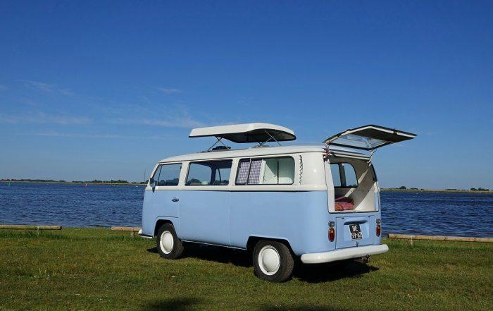 An old Volkswagen camper van_PD