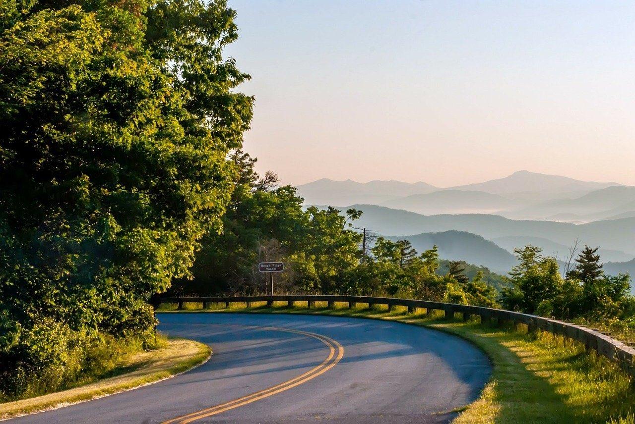 Blue Ridge Parkway in North Carolina_PD