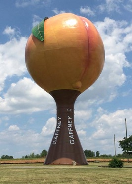 Peachoid in Gaffney_South Carolina_USA_CC0