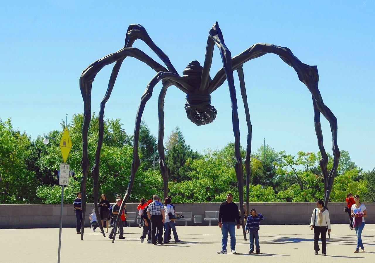 Spider_modern art_ottawa city_canada_PD