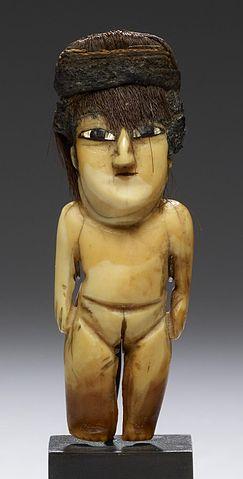 Nazca-Female_Effigy_Figure_Wiki_PD