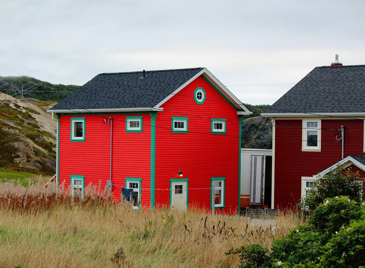 Fishing village_colorful house_Newfoundland_Canada_PD