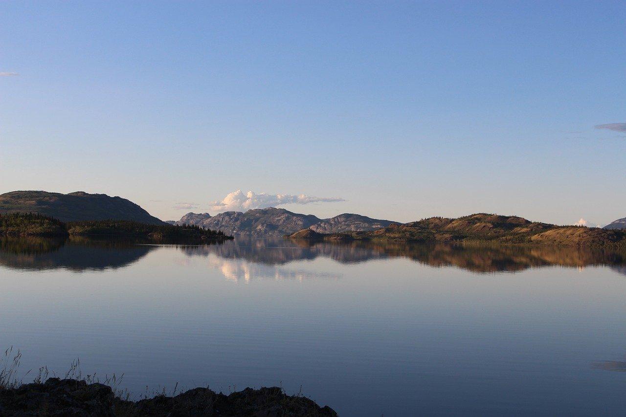Lake Laberge_Whitehorse_Yukon_Canada_PD