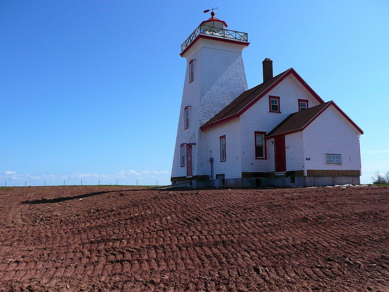 Lighthouse_Prince Edward Island_Canada_PD