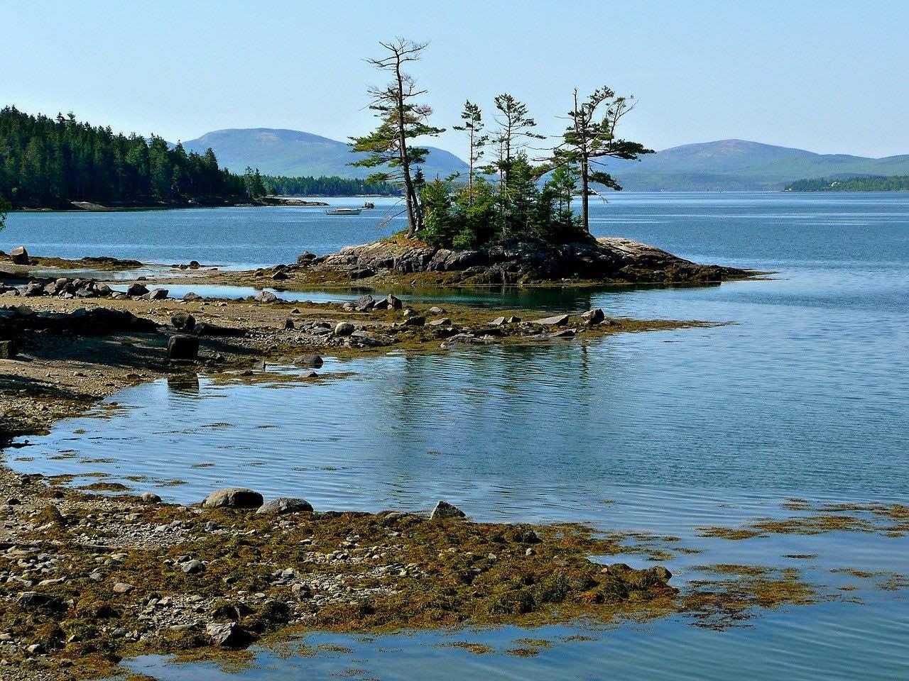 Prince Edward Island Coastline_Canada_PD